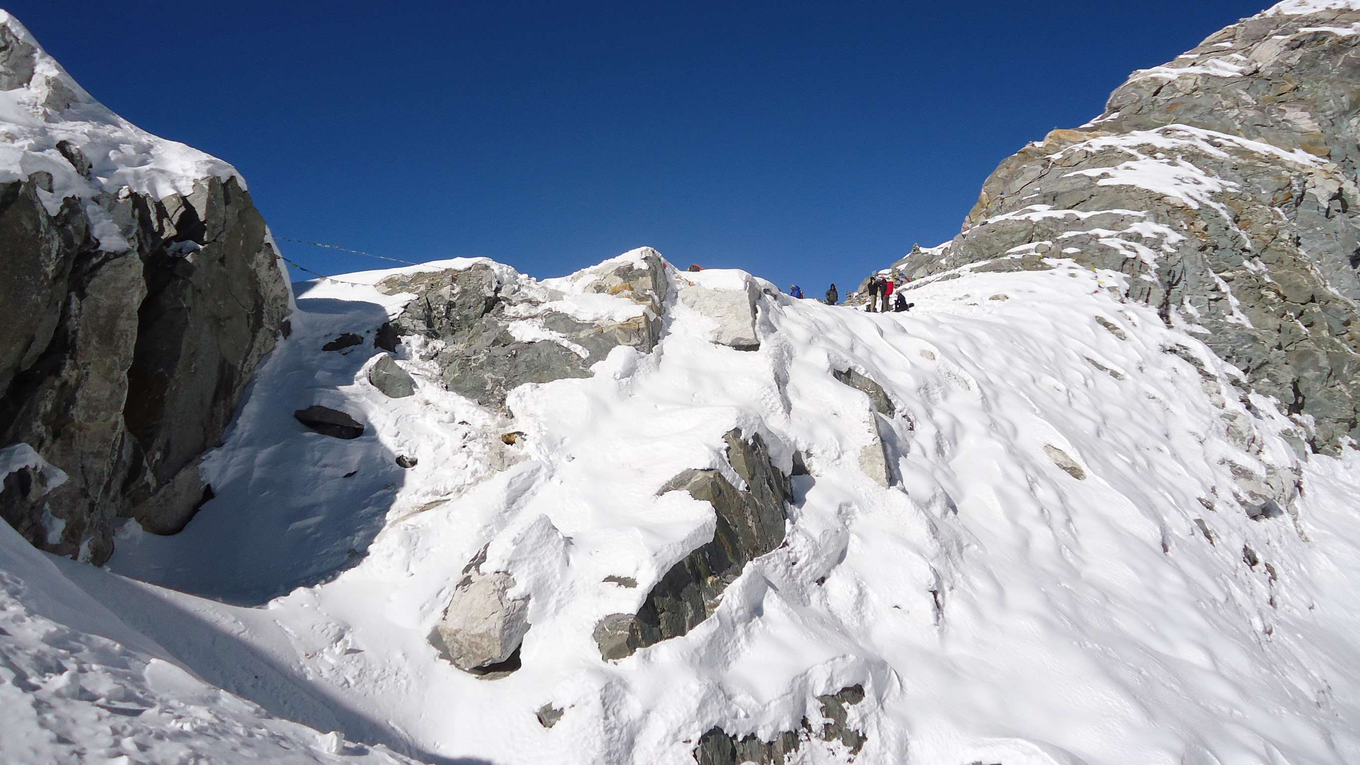 17-Day Everest Base Camp with Gokyo and Cho-La Pass - Nepal Itinerary
